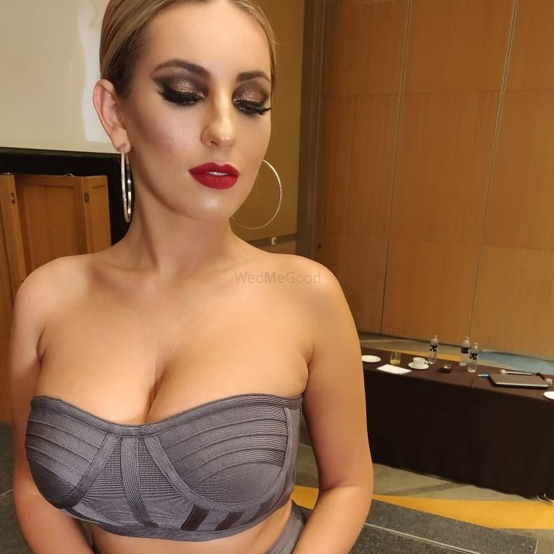 Photo From party makeup - By Hansa Vasa