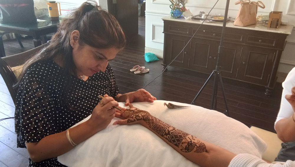 Photo From Rashi Singh bridal mehendi at Ashoka hotel, Chanakyapuri on 8th july - By Shalini Mehendi Artist