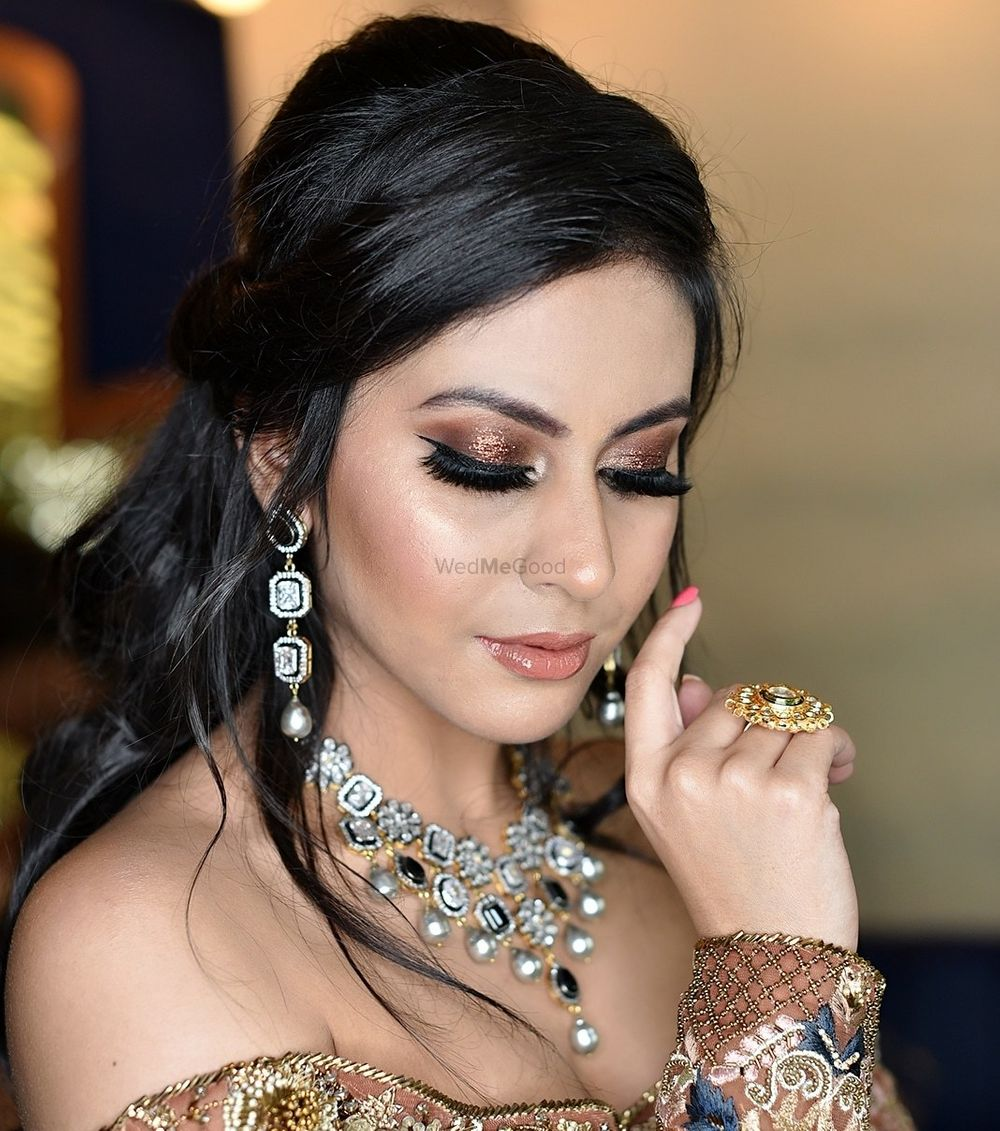 Photo From Engagement / Sangeet look - By Tanya Arora Makeovers