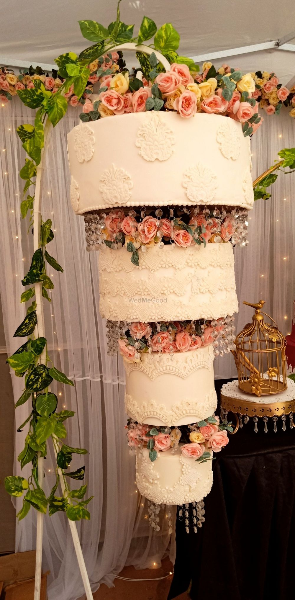 Photo From Chandelier Cakes - By Caked India