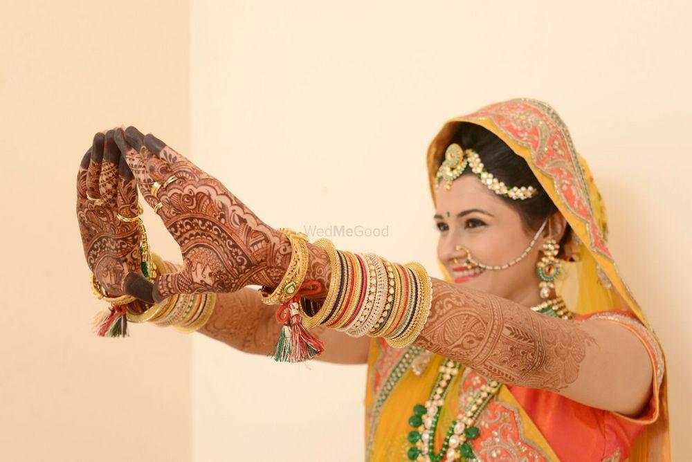 Photo From Kanchi weds preyash - By Aksha Shah Mehendi Designer