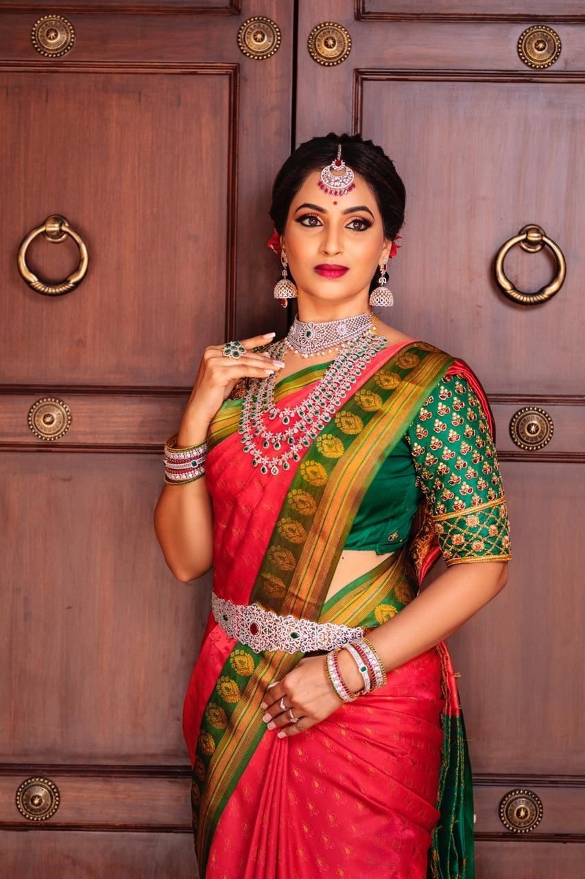 Photo of A south Indian bride in a kanjeevaram and silver jewellery