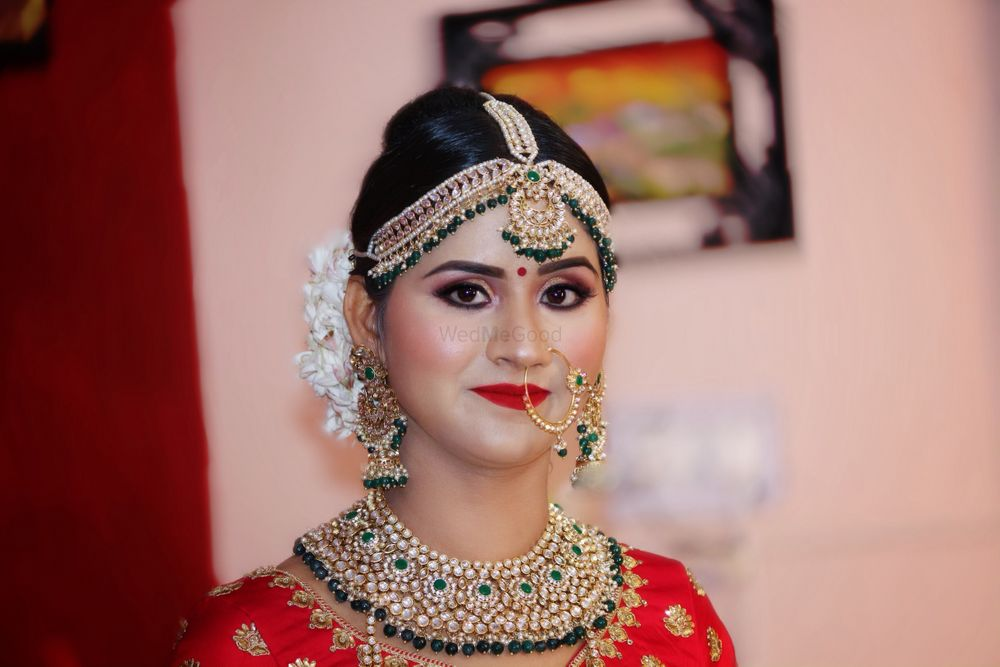Photo From Priti Engagement and wedding  - By Charu Patel's Professional Makeup