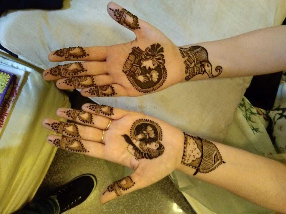 Photo From nikita mehandi ceremony minimal mehandi designs - By Jully Mehandi Designer