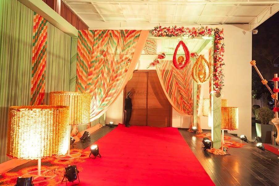 Photo From colourful Mehndi Decor - By Vibes of Luxury Events