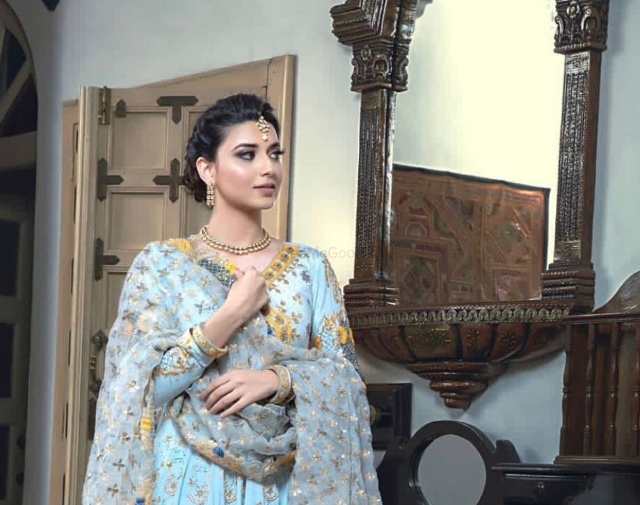 Photo From Nimrat Khaira - By From Lashes To Heels