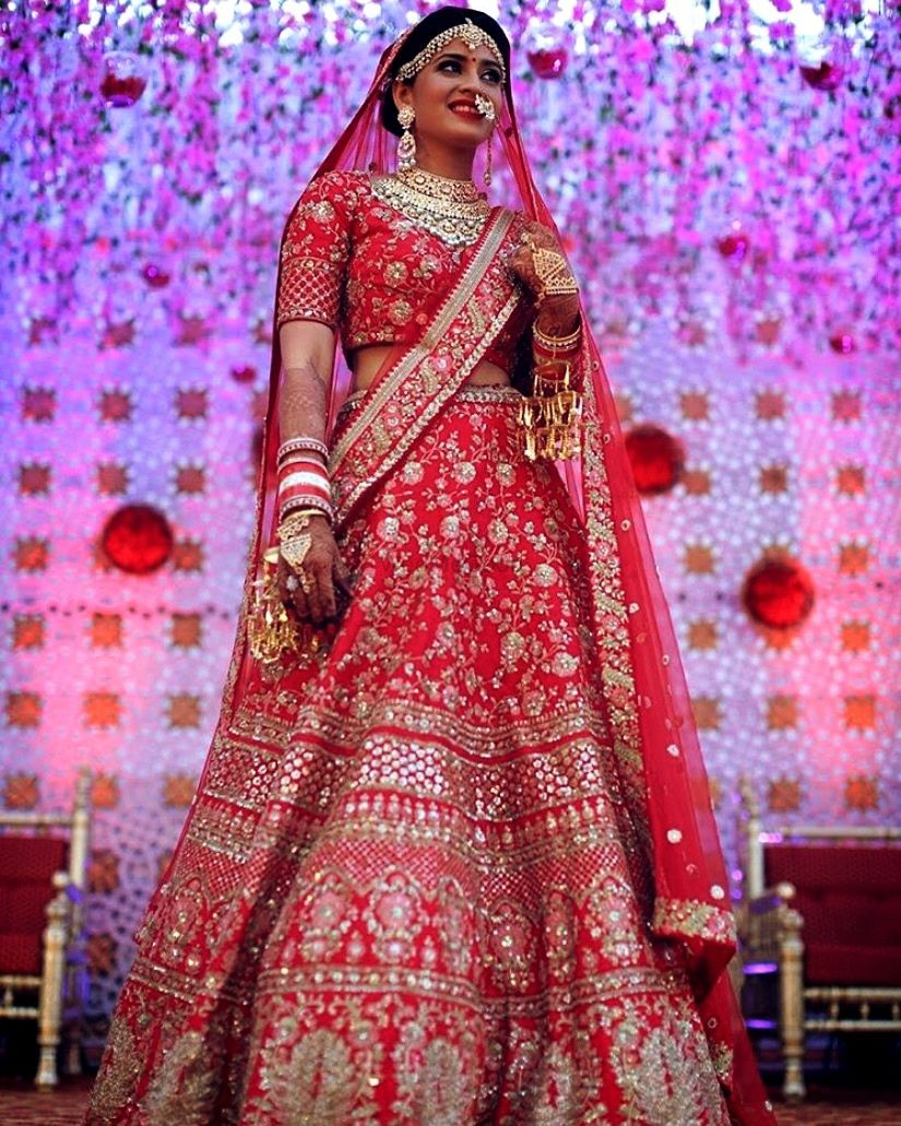 Photo From pictures of my brides - By Aksha Shah Mehendi Designer