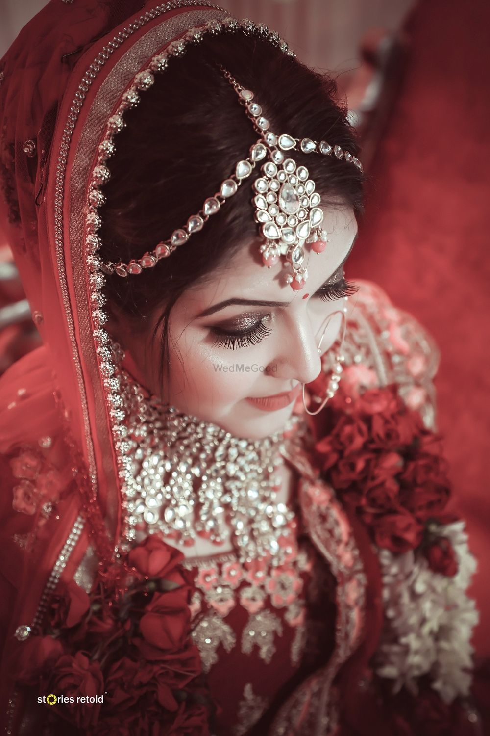 Photo of A beautiful bride with subtle makeup and bronze eye-makeup.