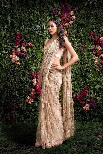 Photo of Sleeveless lace saree by Shyamal & Bhumika