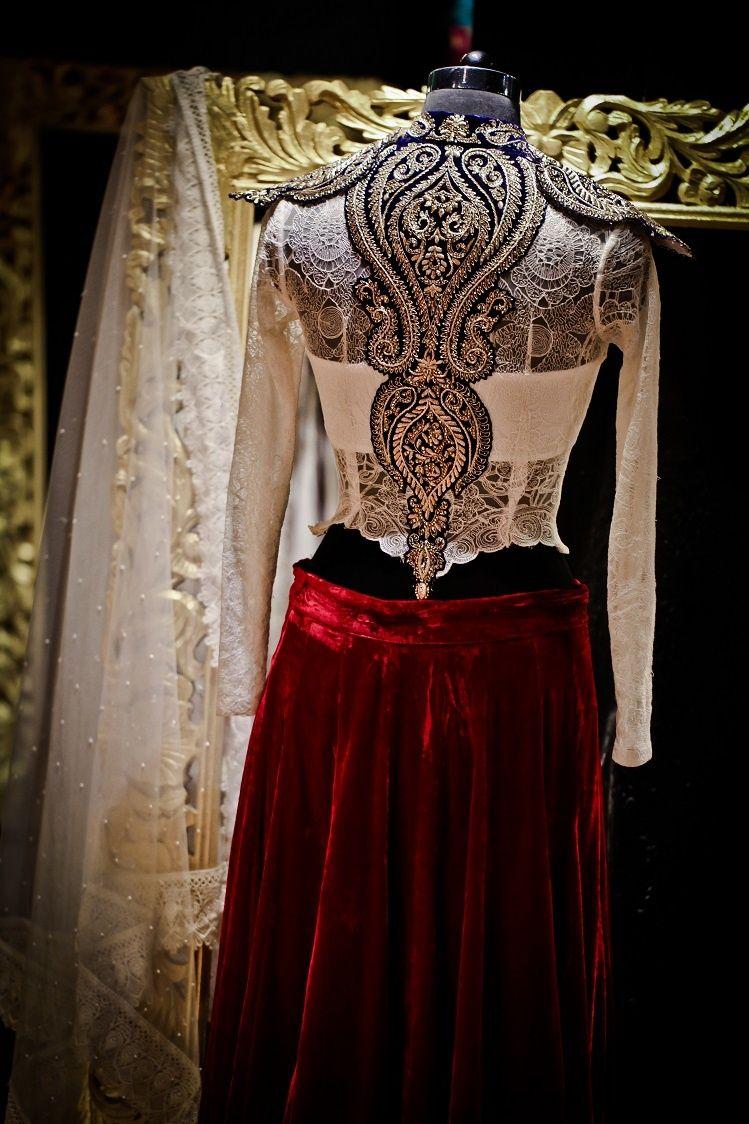Photo of lehenga blouse back