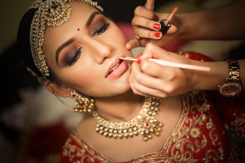 Photo From Riya & Aakash Wedding | The Club - By Wedding Storytellers
