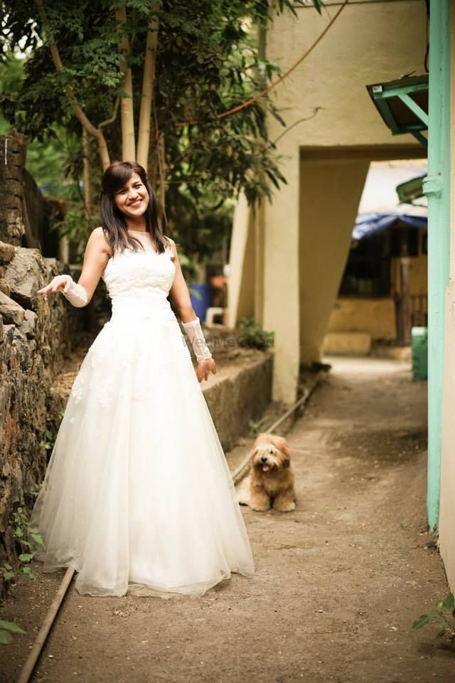 Photo of Bride With Pets Shot