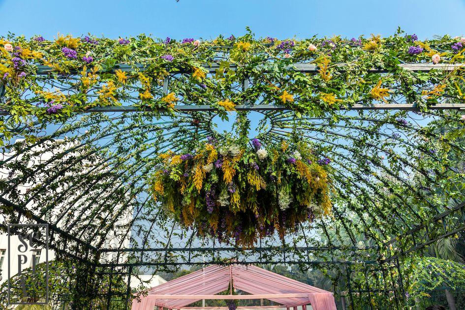 Photo of botanical entrance wedding decor idea
