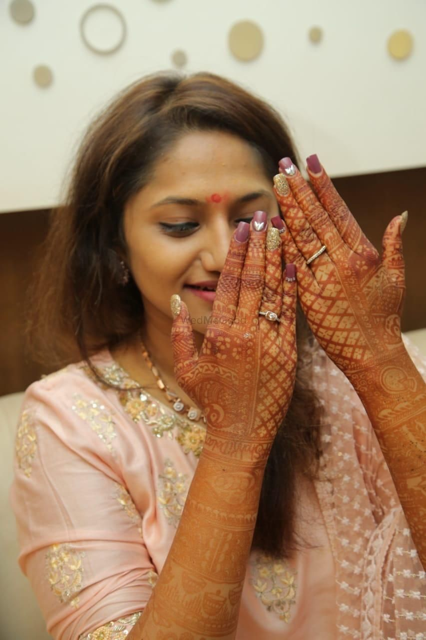 Photo From Bride Aditi dolani - By Aksha Shah Mehendi Designer