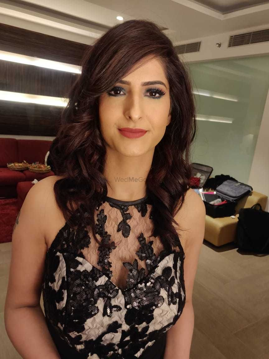 Photo From Party Makeups - By Makeovers by Anchal