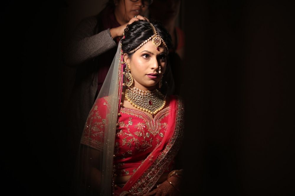 Photo From Bridal Engagement and Wedding looks. - By Makeovers by Anchal