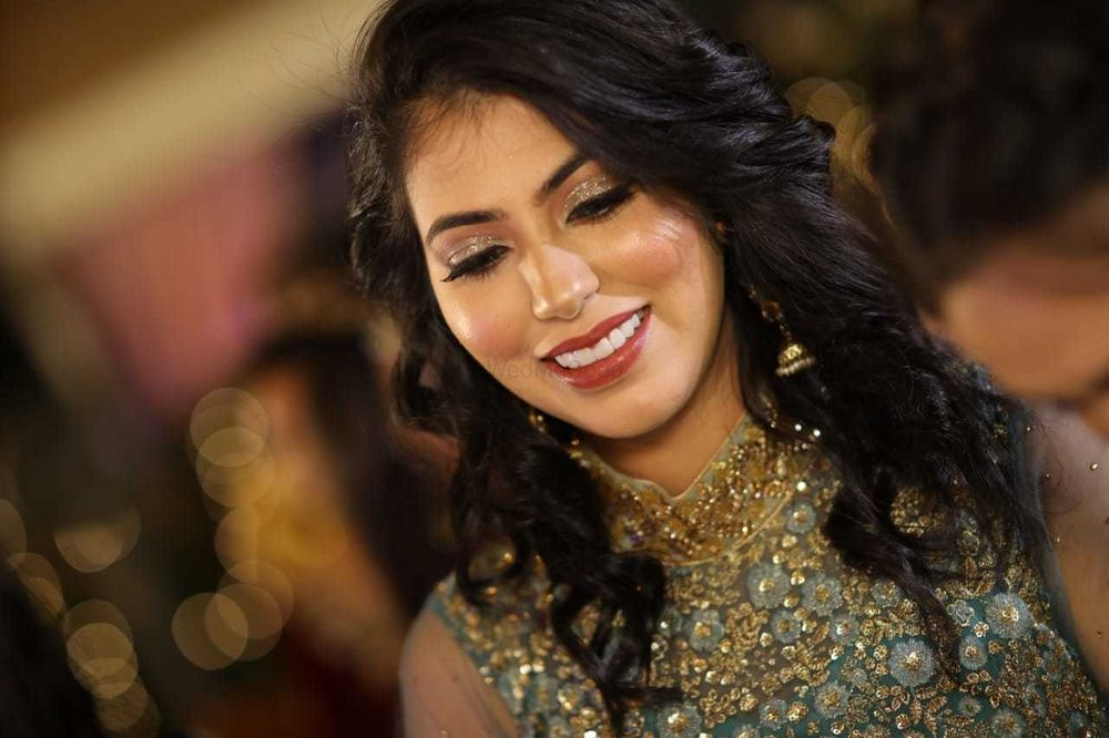Photo From Engagement and Wedding Bridal Makeup - By Makeovers by Anchal