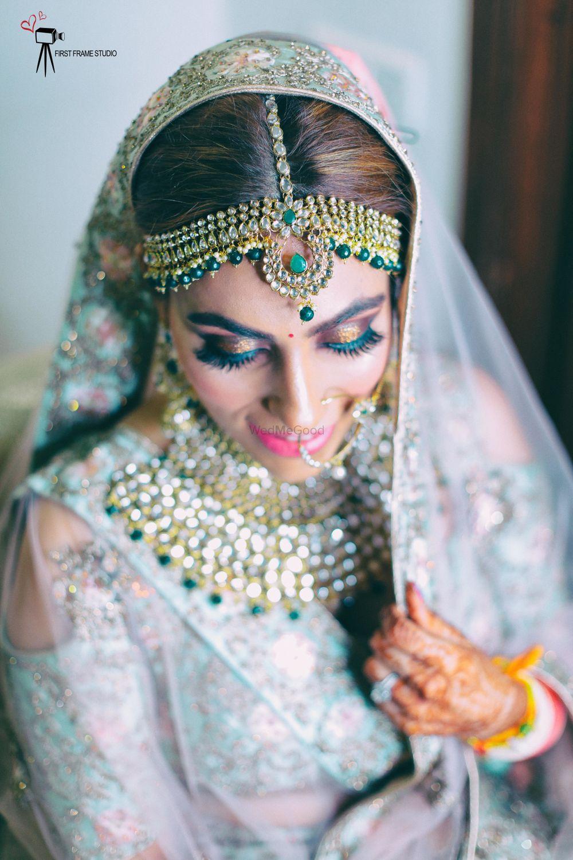 Photo of Subtle bridal makeup with smokey eye