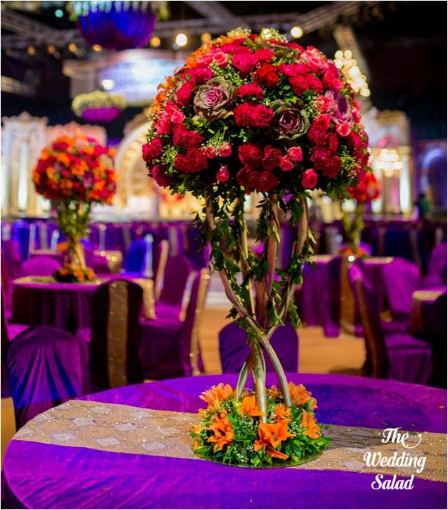 Photo of Roses Bouquet Table Centerpiece