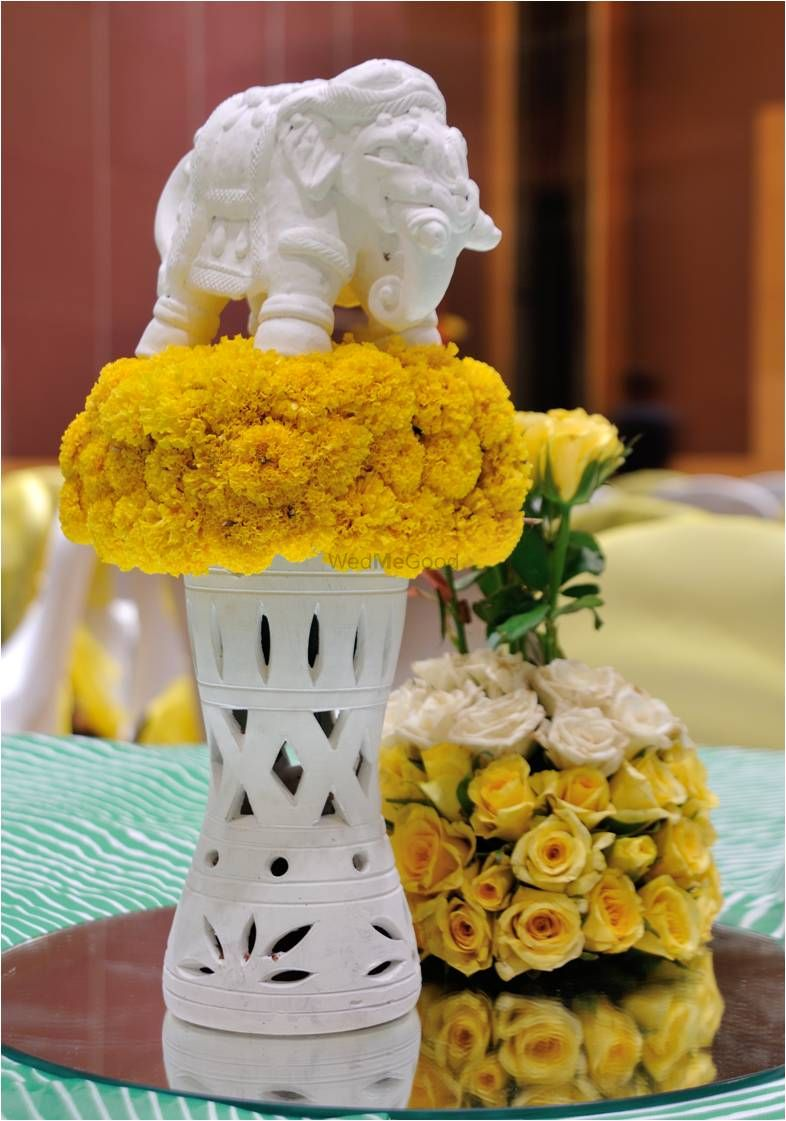 Photo From Center pieces galore - By Dreamzkraft