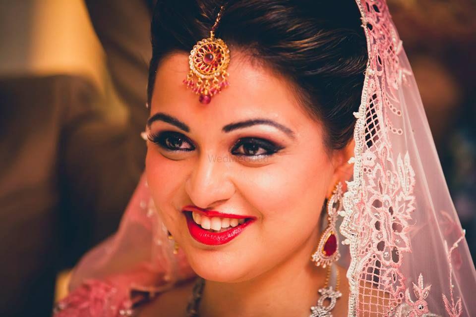 Photo of Pink Bride Portrait