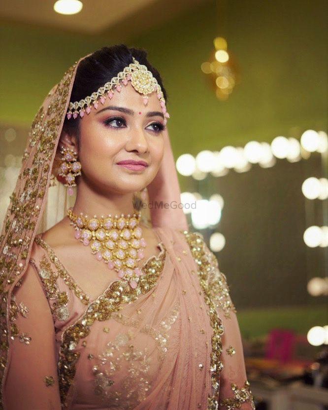 Photo From Wedding Bridal Makover  - By Make up by Shriya Pardal