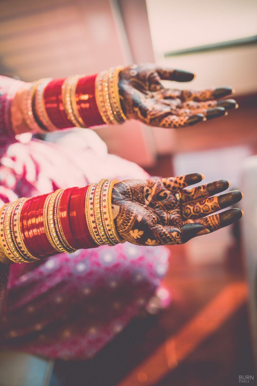 Photo of Bridal Hand Mehendi with Chooda