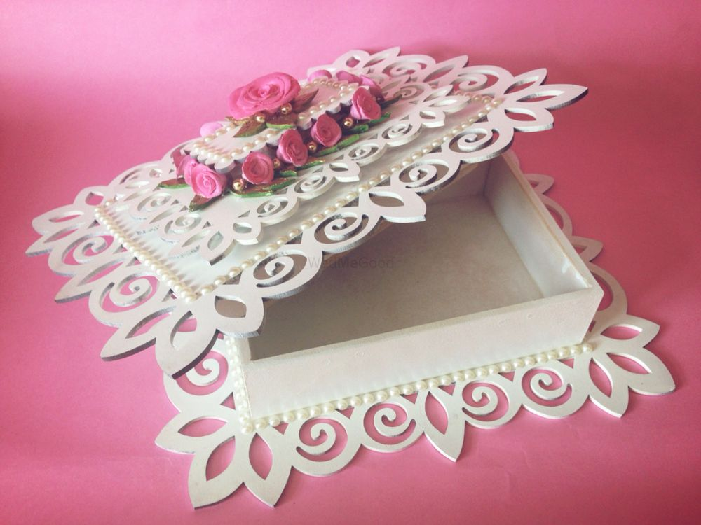 Photo of White Wedding Box with Laser Cut and Pink Roses