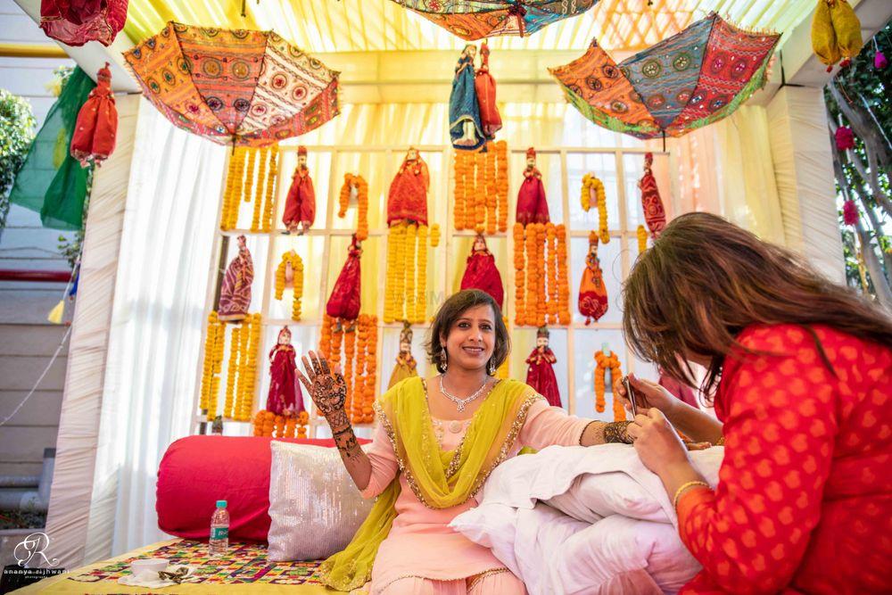 Photo From Deeksha's Mehandi Set - By Weddings by Ananya Rijhwani