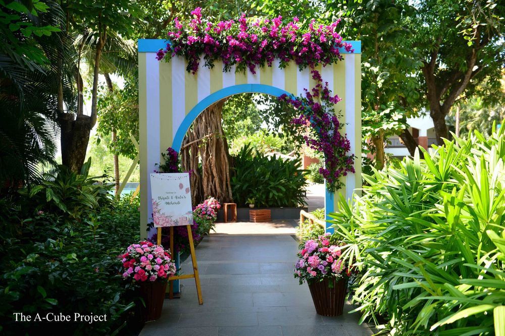 Photo of An archway decor for entrance.
