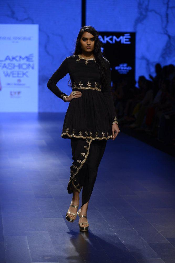 Photo of Dhoti pants and blouse set