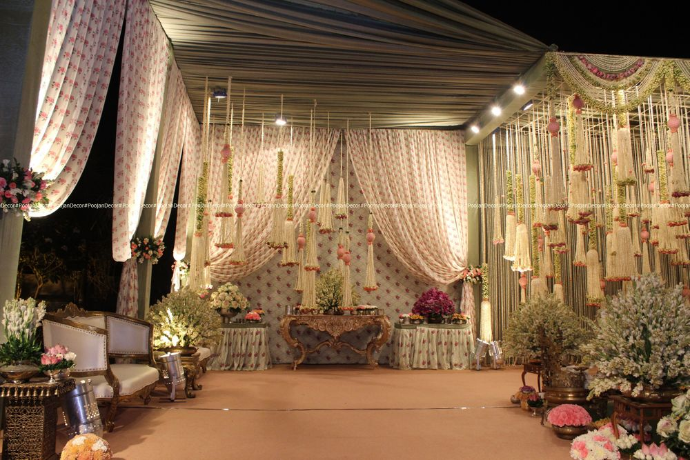 Photo From Elegant Roses and tuberoses Reception set up - By Poojan Decor
