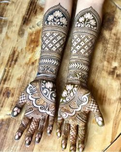best bridal mehndi designs for full hands and legs