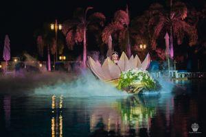 Unique bridal entry in lotus prop