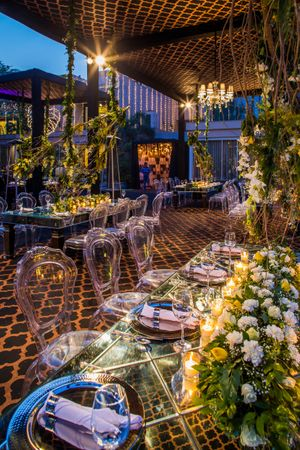 Breathtaking floral table setting decor for an Indian wedding