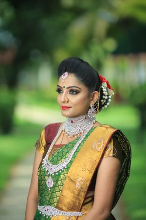 Layered diamond necklace for South Indian bride