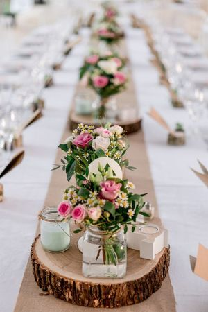 Simple roses table decor with candles