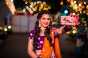 Fun bridal phone cover for mehendi