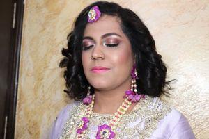 Mehndi Makeup In : Mehndi makeup simran khanna makeovers pictures bridal