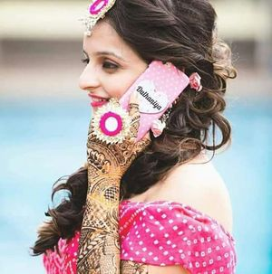 Customised bridal phone cover saying dulhaniya