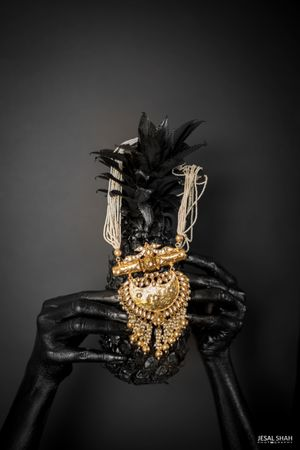 Stunning gold bridal jewellery