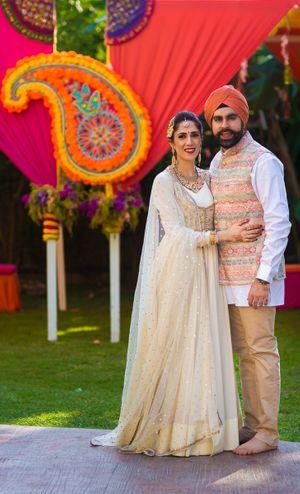 Sikh couple on mehendi day