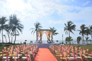 Pretty beach side mandap decor for wedding