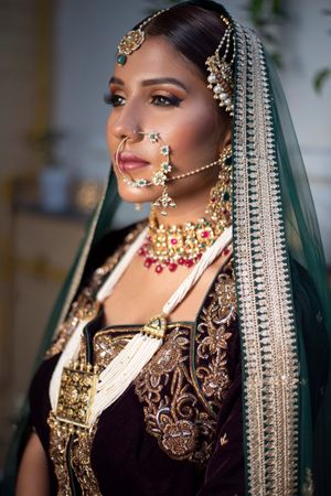 Oversized bridal jewellery and Nath