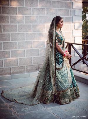 A stunning green bridal lehenga!!