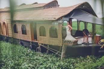 Photo of bridal shoot on a houseboat