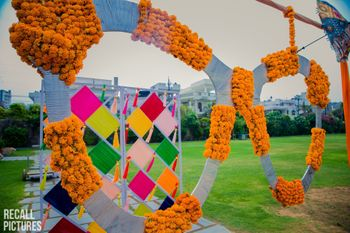 Photo of Stunning sunglasses decor as a mehendi photobooth