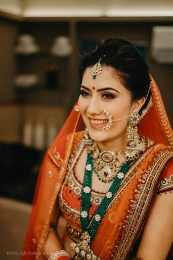 Bridal jewellery contrasting with layered necklaces