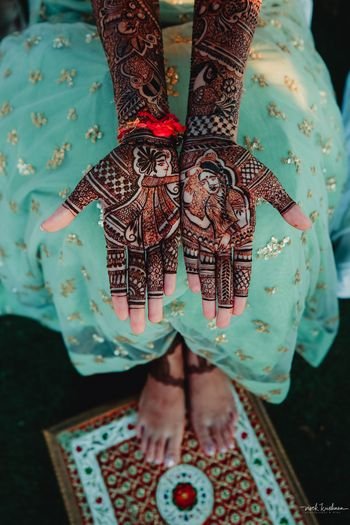 Gorgeous half and half mehendi design