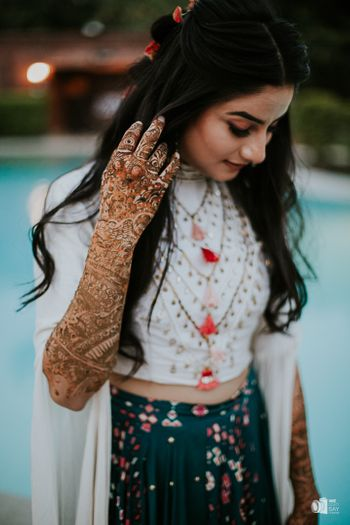 A bridal portrait with the focus on mehendi